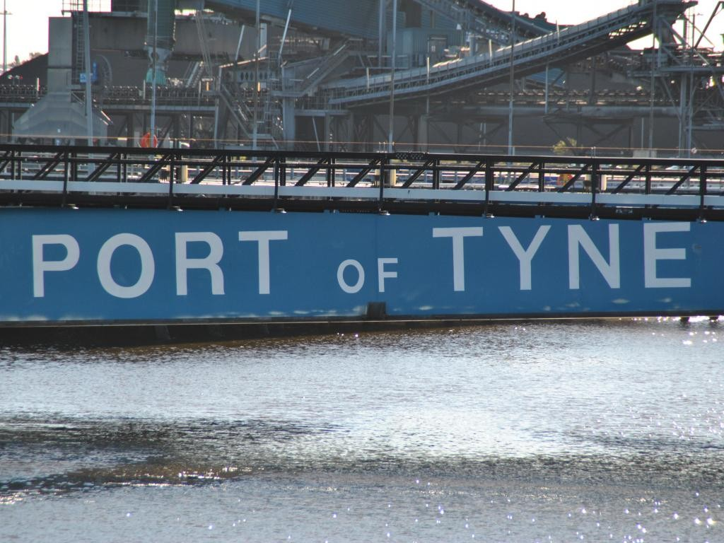 port-of-tyne-pontoon