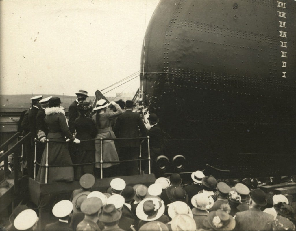 ship-launching-minas-geraes