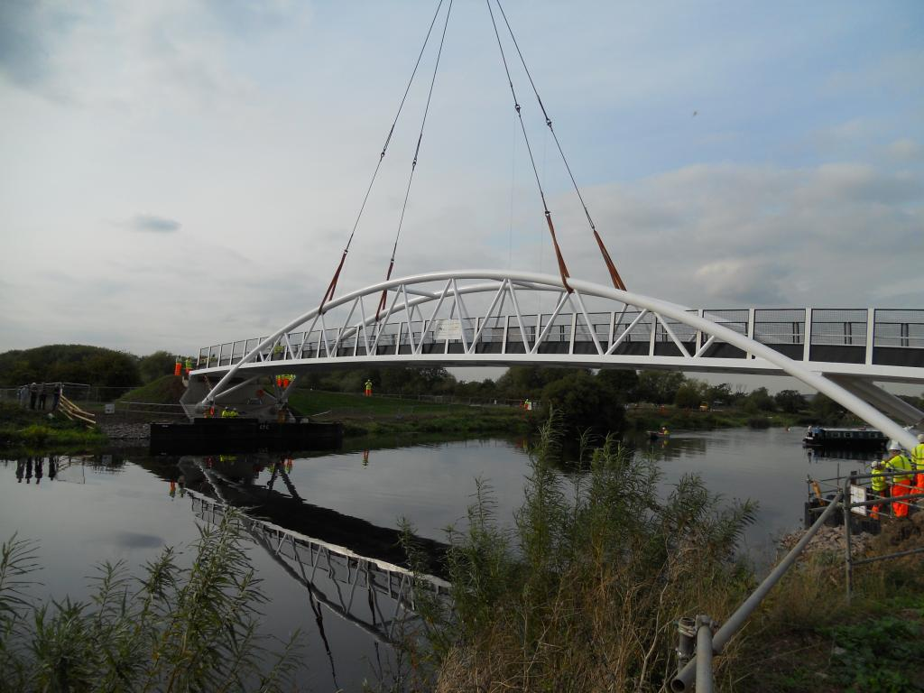 Longhorse footbridge 1