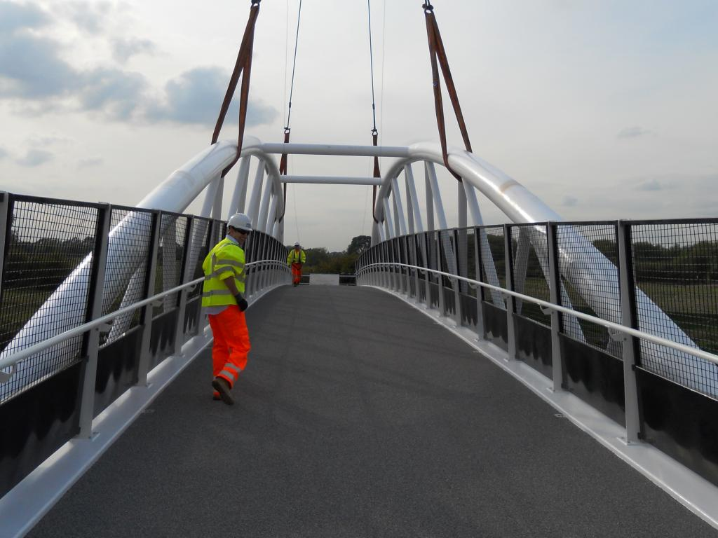 Longhorse footbridge 2
